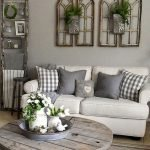 50 Cozy Farmhouse Living Room Design And Decor Ideas (22)