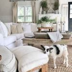 50 Cozy Farmhouse Living Room Design And Decor Ideas (26)