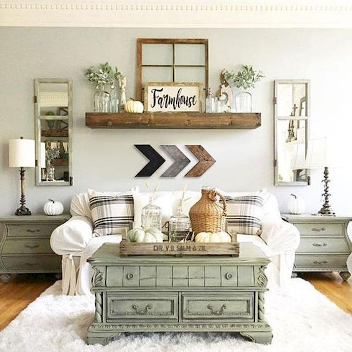 50 Cozy Farmhouse Living Room Design and Decor Ideas (35)