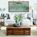50 Cozy Farmhouse Living Room Design And Decor Ideas (39)