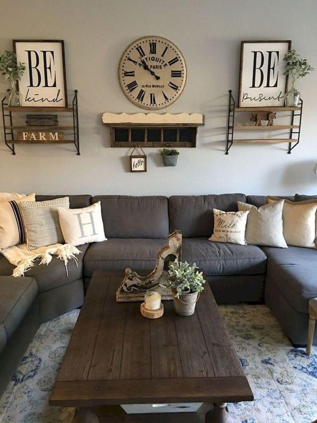 50 Cozy Farmhouse Living Room Design and Decor Ideas (45)