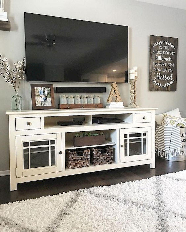 50 Cozy Farmhouse Living Room Design and Decor Ideas (9)