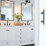 60 Stunning Farmhouse Bathroom Decor and Design Ideas (26)