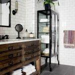 60 Stunning Farmhouse Bathroom Decor and Design Ideas (33)
