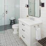 60 Stunning Farmhouse Bathroom Decor and Design Ideas (34)