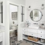 60 Stunning Farmhouse Bathroom Decor and Design Ideas (38)