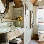60 Stunning Farmhouse Bathroom Decor and Design Ideas (50)