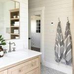60 Stunning Farmhouse Bathroom Decor and Design Ideas (61)
