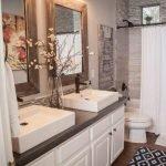 60 Stunning Farmhouse Bathroom Decor and Design Ideas (8)