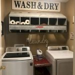 40 Cozy Laundry Room Design and Decor Ideas for Your Home (10)