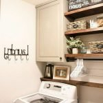 40 Cozy Laundry Room Design and Decor Ideas for Your Home (11)