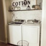 40 Cozy Laundry Room Design and Decor Ideas for Your Home (40)
