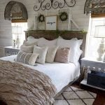 50 Awesome Wall Decor Ideas For Bedroom (15)