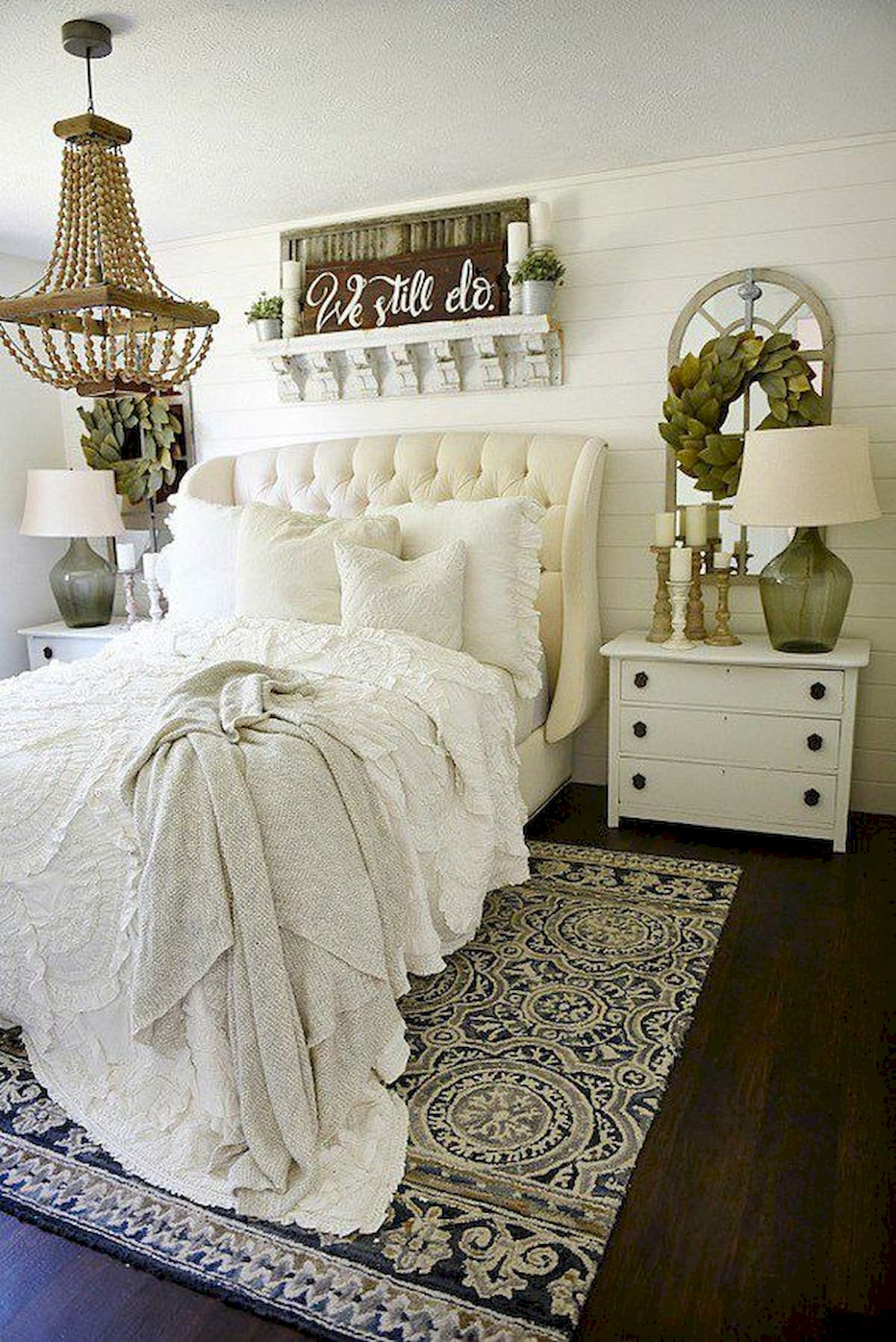 50 Awesome Wall Decor Ideas For Bedroom (2)