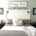 50 Awesome Wall Decor Ideas For Bedroom (24)