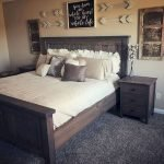 50 Awesome Wall Decor Ideas For Bedroom (38)
