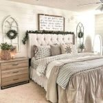 50 Awesome Wall Decor Ideas For Bedroom (49)
