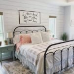 50 Awesome Wall Decor Ideas For Bedroom (50)