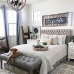 50 Awesome Wall Decor Ideas For Bedroom (51)