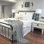50 Awesome Wall Decor Ideas For Bedroom (6)