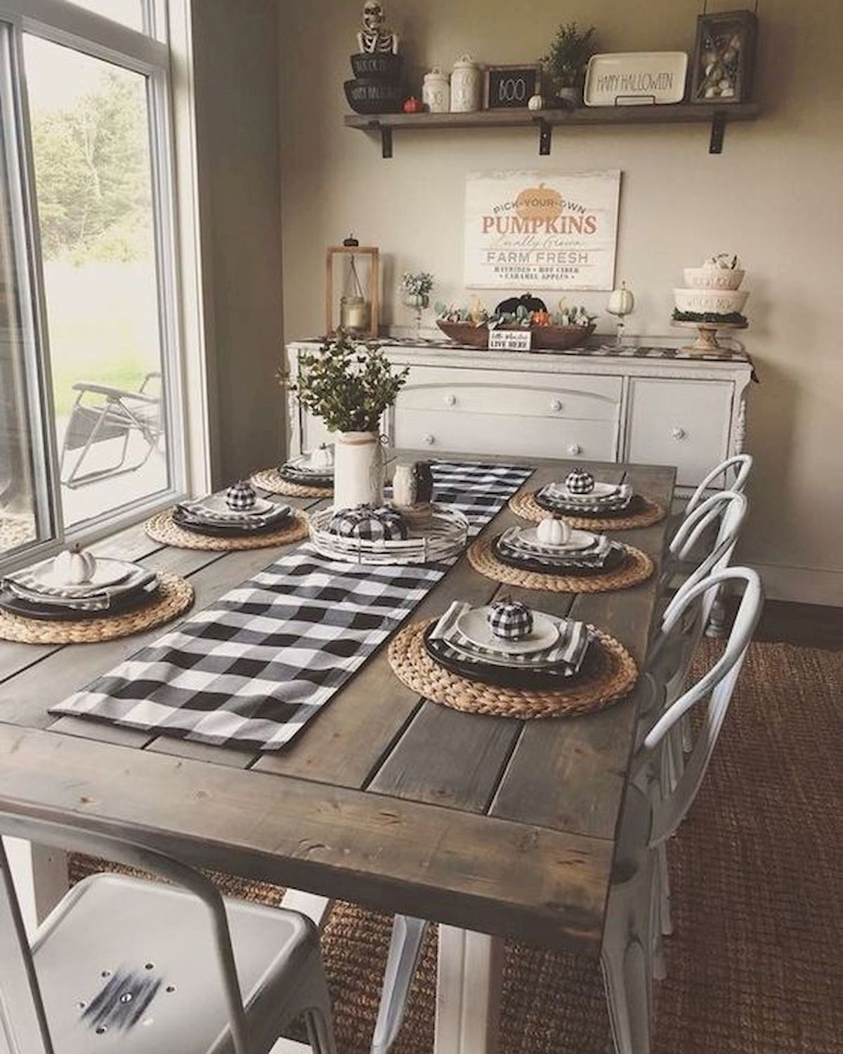 50 Awesome Wall Decoration Ideas for Dinning Room (36)