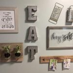 50 Awesome Wall Decoration Ideas For Dinning Room (41)