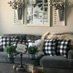 70 Awesome Wall Decoration Ideas For Living Room (21)
