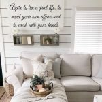 70 Awesome Wall Decoration Ideas For Living Room (34)
