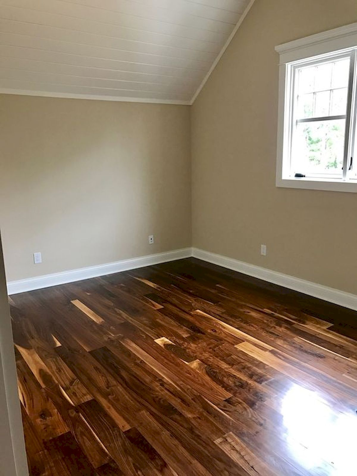 80 Gorgeous Hardwood Floor Ideas for Interior Home (46)