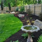 40 Beautiful Backyard Landscaping Ideas for Beauty Your Garden (19)