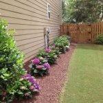 40 Beautiful Backyard Landscaping Ideas for Beauty Your Garden (27)