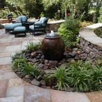40 Beautiful Backyard Landscaping Ideas for Beauty Your Garden (30)