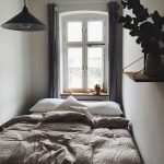 45 Awesome Small Apartment Bedroom Design and Decor Ideas (26)
