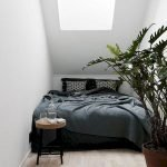 45 Awesome Small Apartment Bedroom Design and Decor Ideas (41)