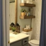 50 Brilliant Storage Design Ideas for Small Bathroom To Make It Look Spacious (24)