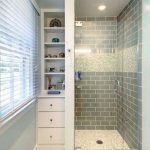50 Brilliant Storage Design Ideas for Small Bathroom To Make It Look Spacious (46)