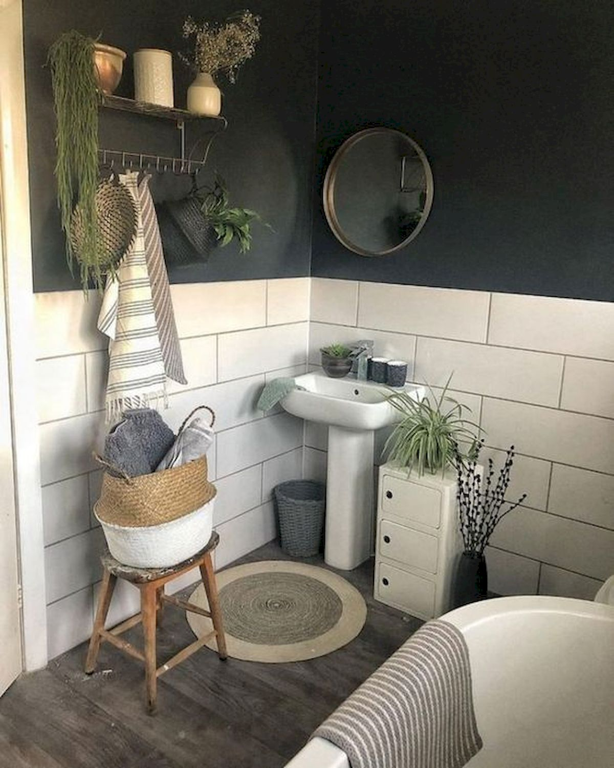 50 Cozy Bathroom Design Ideas For Small Space In Your Home (3)