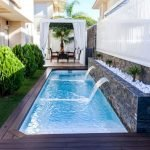 50 Gorgeous Small Swimming Pool Ideas for Small Backyard (16)