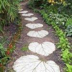 55 Fantastic Garden Path and Walkway Design Ideas (43)
