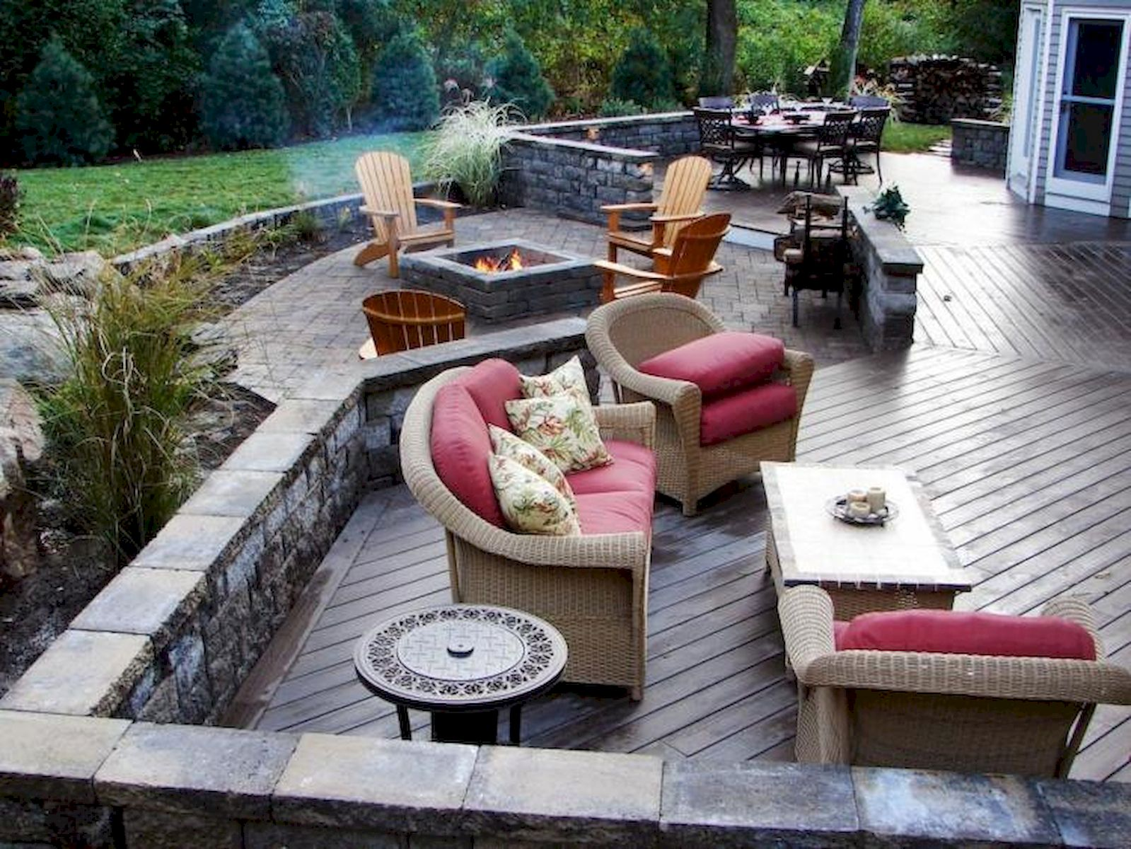60 Awesome Backyard Privacy Design and Decor Ideas (13)