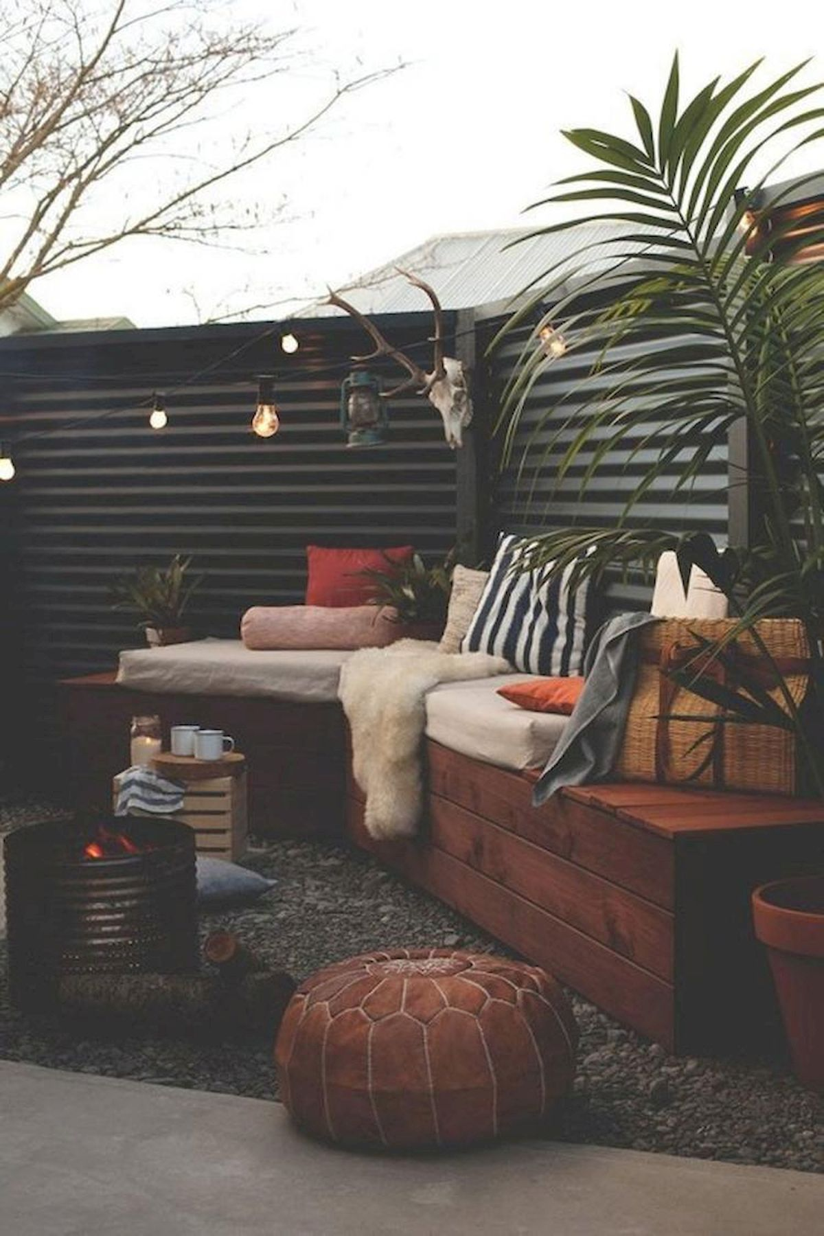 60 Awesome Backyard Privacy Design and Decor Ideas (15)