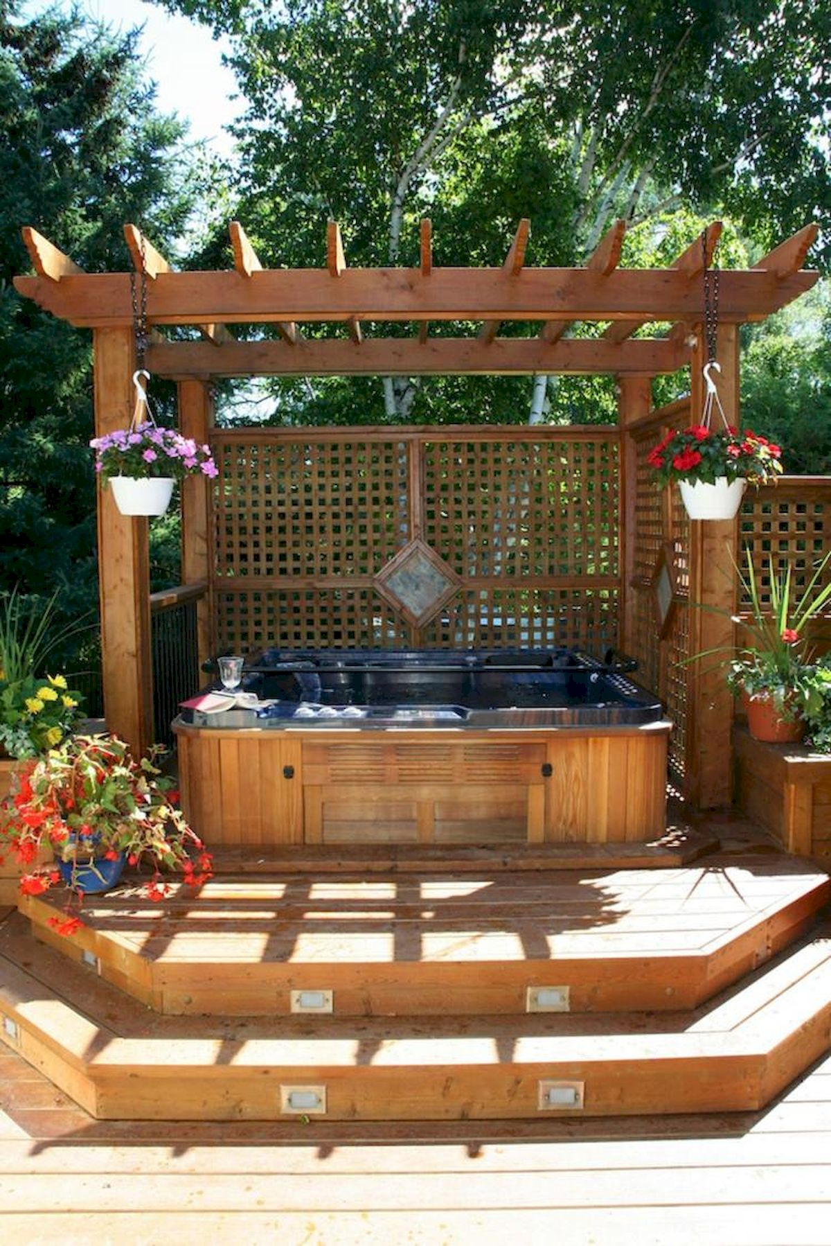 60 Awesome Backyard Privacy Design and Decor Ideas (17)