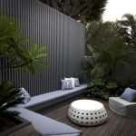 60 Awesome Backyard Privacy Design And Decor Ideas (22)