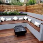 60 Awesome Backyard Privacy Design And Decor Ideas (27)