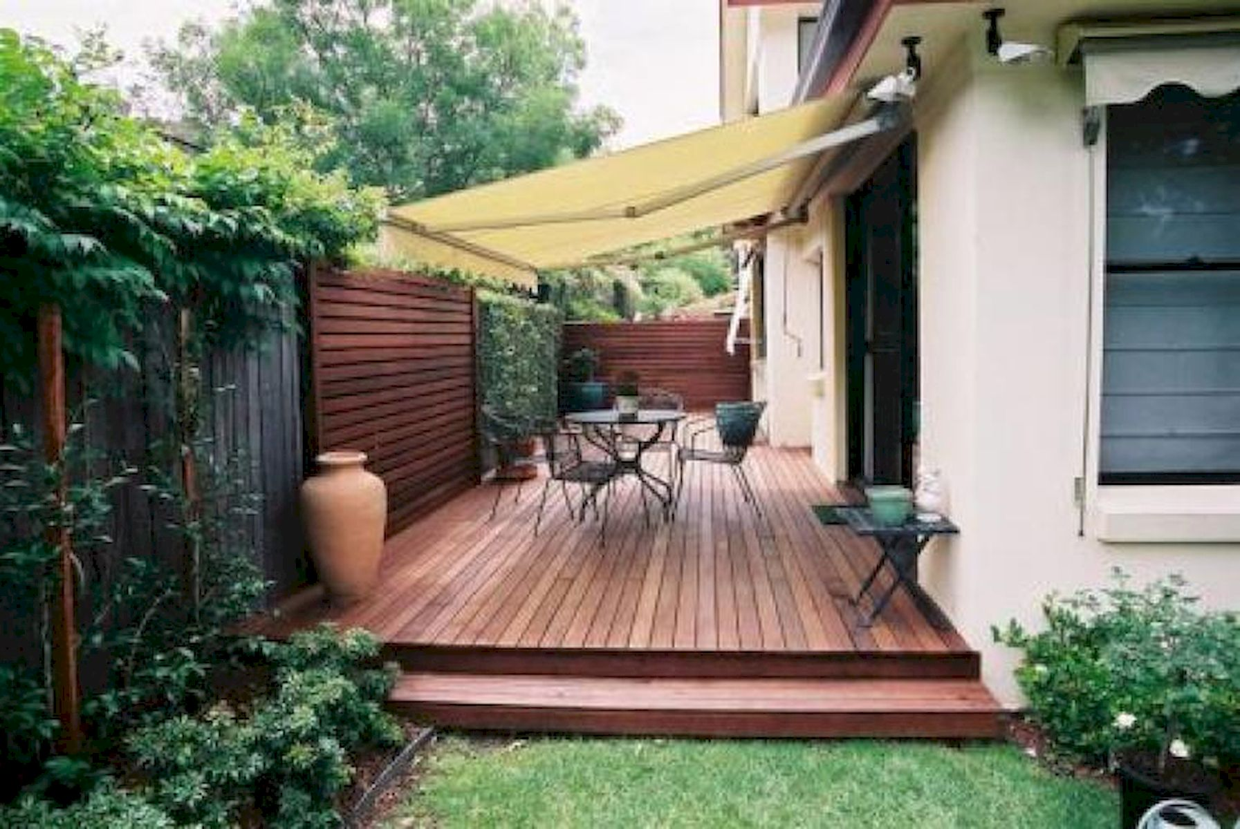 60 Awesome Backyard Privacy Design and Decor Ideas (32)