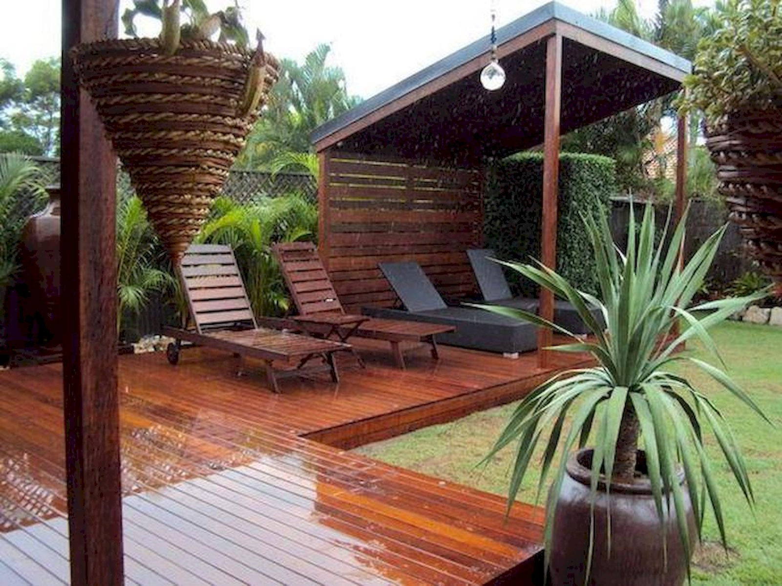 60 Awesome Backyard Privacy Design and Decor Ideas (34)