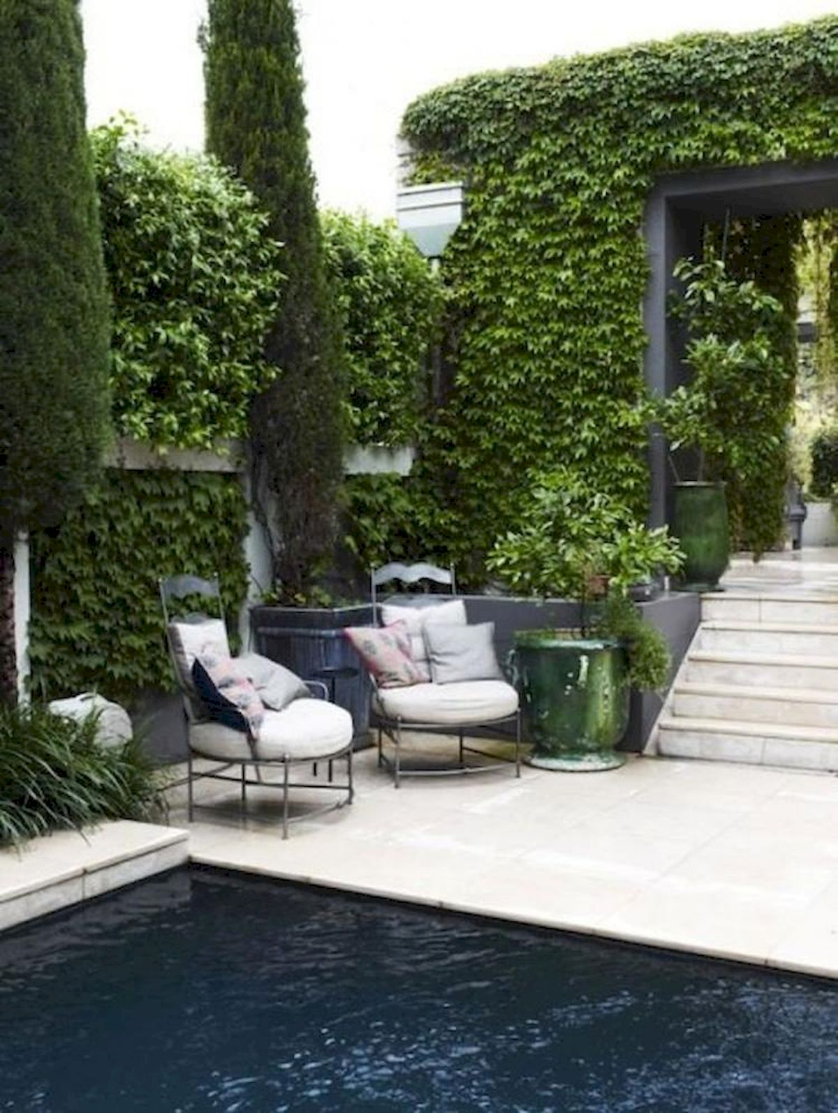 60 Awesome Backyard Privacy Design and Decor Ideas (36)