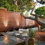 60 Awesome Backyard Privacy Design And Decor Ideas (41)
