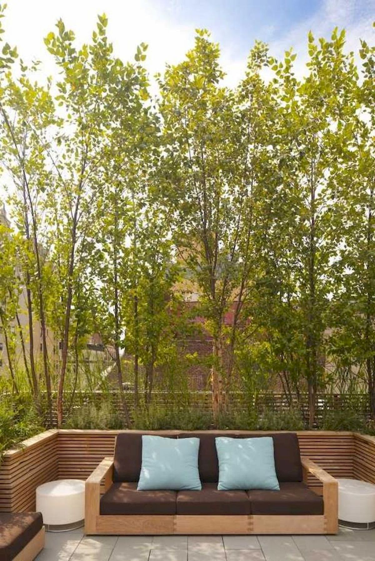 60 Awesome Backyard Privacy Design and Decor Ideas (43)