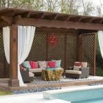 60 Awesome Backyard Privacy Design And Decor Ideas (46)